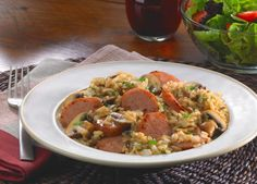 Dinner�s on the table in a flash with this stovetop and microwave recipe starring kielbasa.