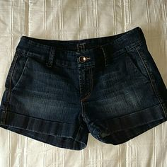 *MUST HAVE* !iT Jeans Short Dark blue pre-faded cuffed denim shorts. Purchased at a boutique. Worn and washed a few times, but like good denim, still like new. Single brass button and zipper close. Side and rear pockets. Too small for me. A really special pair of denim shorts. Automatic 15% off on bundles. I am also happy to create custom bundles at discounted prices, as well as consider all reasonable offers. !iT Jeans Jeans