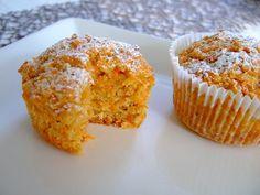 Muffins de manzana y zanahoria y coco - Kuchen Rezepte - Muffin Recipes, Raw Food Recipes, Cake Recipes, Dessert Recipes, Desserts, Healthy Drinks For Kids, Coconut Muffins, Healthy Muffins, Homemade Soup