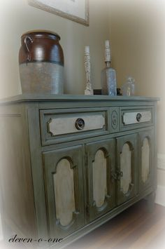 eleven-o-one creations: Chalk Paint Buffet
