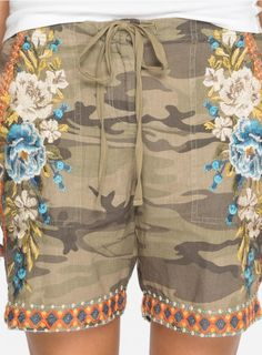 "Johnny Was ""Hira"" Linen Shorts in Camo #johnnywas"