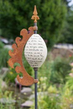 Stele Lilie - Gärten für Auge & Seele