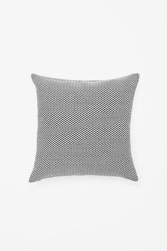 Square raffia cushion