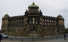 Prague, the capital of Czech Republic, is art and culture buffs delight with its several museums and art galleries. National Museum, Czech Republic, Travel Guide, Places To Visit, Art Gallery, Louvre, Galleries, Prague, Museums