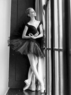 "gorbigorbi: ""Maria Likhvinseva (Vaganova Ballet Academy) Photo © Darian Volkova """