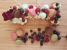 LE number cake au mastic de Chios ! Chios, Number Cakes, Ornament Wreath, Numbers, Beaded Bracelets, Wreaths, Birthday, Door Wreaths, Pearl Bracelets