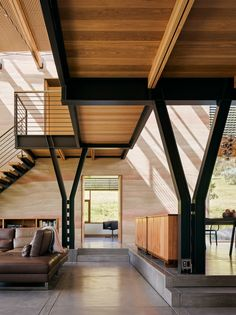 Spring Ranch Modern Home in Shasta Lake, California on Dwell