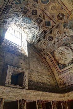 Ceiling in south-east corner of tepidarium. Pompeii, Forum Thermae.