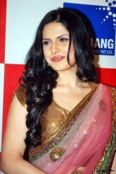 Zarine Khan...j