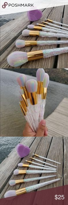 ✨7 piece unicorn makeup brush set✨ This 7 Piece make up set is all kinds of amazing!! The brushes are incredibly soft and high quality the bristles do not fall out. These make up brushes are made from the same manufacturer that makes Lancome and other department store beauty brands so again they are TOP QUALITY.   You have the option to purchase this set with a heart shaped silicone make up brush cleaner in either Lavendar or Baby Pink!   ✨✨✨✨✨✨✨✨✨✨ Makeup Brushes & Tools #makeups…