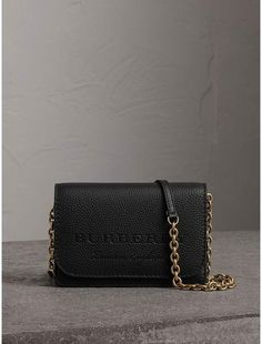 Burberry Embossed Leather Wallet with Detachable Strap chick for more information or to Buy Luxury Purses, Luxury Bags, Trendy Handbags, Purses And Handbags, Denim Bag, Cute Purses, Burberry Handbags, Cute Bags, Handbag Accessories