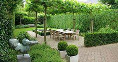Outdoor dining room. Tuinontwerp - tuinontwerpen | Foto's voorbeelden moderne tuinarchitectuur
