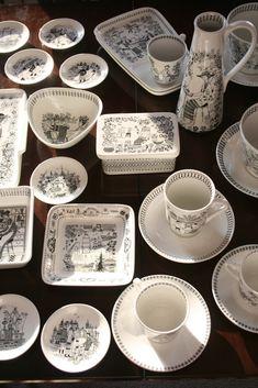 "Arabia Finland ""Emilia"" by Raija Uosikkinen Kitchen Organization Pantry, China Painting, Plate Design, Modern Ceramics, Nordic Design, Porcelain Ceramics, Vintage Love, Vintage Ceramic, Scandinavian Design"
