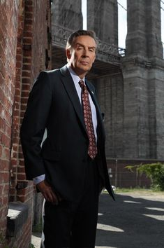 Law and Order - Jerry Orbach as Detective Lennie Briscoe - Lennie cracks wise and then the show starts.