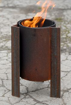 Tufa fire pit with swirling flames modern contemporary steel unusual sculptural see gallery fire pits square Tufa firepit for small gardens. Uniquely vented resulting in swirling flames. Small Fire Pit, Modern Fire Pit, Cool Fire Pits, Easy Fire Pit, Fire Pit Wall, Fire Pit Decor, Metal Fire Pit, Rectangular Fire Pit, Square Fire Pit