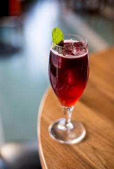 Hurricaña 2 oz. Flor De Caña 7-year rum ¾ oz. Campari ½ oz. Bols Genever ½ oz. grenadine ½ oz. strawberry-balsamic shrub (recipe below) ½ oz. lime ½ oz. orange juice Red wine (Weed uses Olivares' Altos De La Hoya, but any red that delivers a big, fruity finish will suffice) Combine all ingredients except for wine in a cocktail shaker and add ice. Shake well. Strain into a Collins glass over fresh ice and float the wine on top.