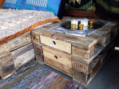 outdoorm bel aus europaletten on pinterest. Black Bedroom Furniture Sets. Home Design Ideas