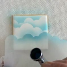 Cloud cookies with royal icing: How cool is this tutorial using a stencil to make clouds. Cloud cookies with royal icing: How cool is this tutorial using a stencil to make clouds. Super Cookies, Iced Cookies, Cupcake Cookies, Cake Decorating Tips, Cookie Decorating, Bolacha Cookies, Airbrush Cake, Royal Icing Cakes, Cloud Cake