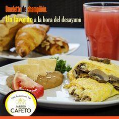 El Omelette de Champiñones es un favorito a la hora del desayuno. ¡Ven a desayunar con nosotros!