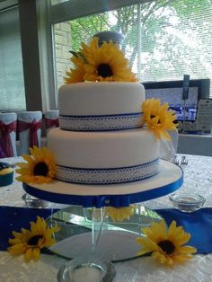 Collaboration between purple penguin cake company & venues covered