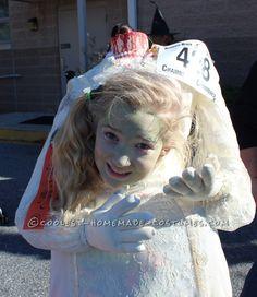 Headless Zombie Bride Costume... Coolest Halloween Costume Contest.  Website met uitleg en heel veel kostuums!