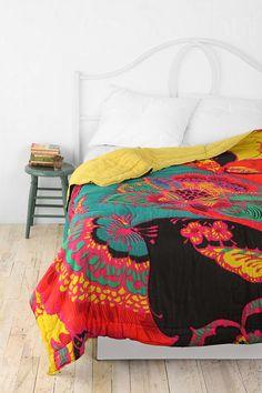 Bohemian floral bed quilt