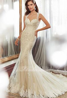 Elegant Tulle Sweetheart Neckline Natural Waistline Mermaid Wedding Dress With Beaded Lace Appliques