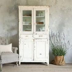 .Distressed furniture