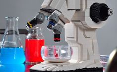 Meet the guy who built a #Lego #microscope that actually works