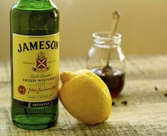19 Irish Foods, Drinks + Traditions (Minus the Corned Beef) via Brit + Co Irish Bacon, Irish Cocktails, Guinness Pies, Irish Dinner, Irish Breakfast, Berry Tart, Mint Sauce, Canadian Bacon, Corn Beef And Cabbage