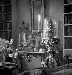... (Cecil Beaton) ©The Cecil Beaton Studio Archive at Sotheby's