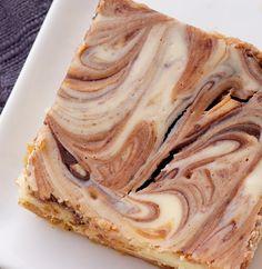 Nutella Swirl Cheesecake Bars feature a swirl of that favorite chocolate-hazelnut spread in sweet, rich cheesecake bars! - Bake or Break Just Desserts, Delicious Desserts, Dessert Recipes, Yummy Food, Dessert Ideas, Dinner Recipes, Nutella Cheesecake, Cheesecake Bars, Cheesecake Recipes