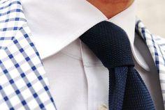 Blue and white gingham Suit Accessories, Men Formal, Cool Style, My Style, Mens Style Guide, Fashion Updates, Dress For Success, Suit And Tie, Gentleman Style