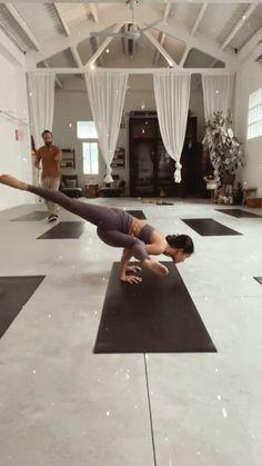 Yoga Flow, Yoga Meditation, Gymnastics Workout, Yoga Dance, Yoga At Home, Sweat It Out, Yoga Photography, Yoga Accessories, Yoga Shorts
