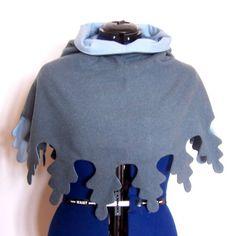 Gugel mit Zaddeln in stilisierter Eichenlaubform Medieval Clothing, Historical Clothing, Viking Costume, Medieval Fantasy, Couture, Larp, Hoodies, Sweatshirts, Sewing Patterns