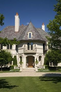 1000 images about houses with turrets on pinterest for Home plans with turrets