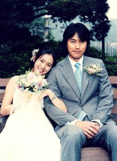 A moment to remember, jung woo sung, son ye jin Remember Movie, A Moment To Remember, In This Moment, Jung Woo Sung, Meaning Of Love, Film Quotes, Couple Photography, Asian Beauty, Cool Pictures
