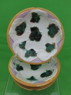 Antique George Jones Majolica S/4 Dessert Bowls Strawberry Leaves on Napkin