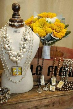 I just can't get enough of this chunky statement piece!!! Pair it with charm of choice! Be bold..be chic...be unique!!!  www.coreyb123.jewelkade.com