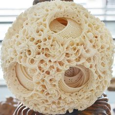 Ivory ball by mag3737, via Flickr Material Research, Chinese Element, Arts And Crafts, Diy Crafts, Art Carved, Bone Carving, Objet D'art, Jewel Box, Types Of Art