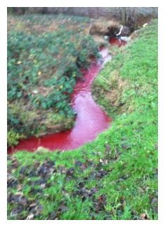 Yet another European river turns 'blood' red overnight, this time in Northampton, UK -- Earth Changes -- Sott.net Angel Clouds, Sky And Clouds, Kingdom Of Heaven, Heaven On Earth, Blood Red Moon, Angels Blood, Signs From Heaven, Save Our Earth, Falling From The Sky