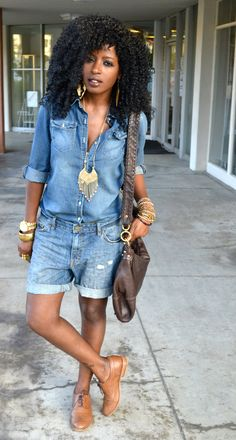 Denim shirt and boyfriend denim shorts Bermuda Shorts Outfit, Denim Outfit, Short Outfits, Stylish Outfits, Summer Outfits, Emo Outfits, Denim Fashion, Look Fashion, Fashion Outfits