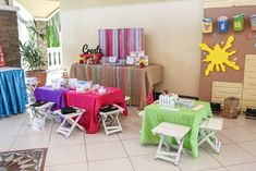 Vince and Chloe Art Attack Party - Activities Top Table Ideas, Rainbow Art, Outdoor Furniture Sets, Outdoor Decor, Party Activities, Party Themes, Chloe, Arts And Crafts, Table Decorations