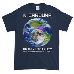 Men's Solar Eclipse Short Sleeve T-Shirt - N. Carolina - Earth/Moon - Path of Totality August 21, 2017