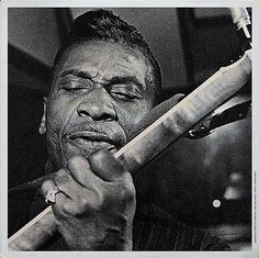 T- Bone Walker May 1910 (Texas) – March 1975 (California) American blues guitarist, singer, songwriter and multi-instrumentalist. Instrumental, William Christopher, Classic Blues, Wall Of Sound, Delta Blues, Blues Music, Blues Rock, Music Publishing, Music Is Life