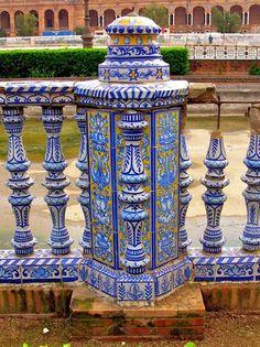 Please check more!! Awesome ¿Azulejos Plaza es bueno? 28 maneras de estar seguro | plaza de azulejos Tile Art, Mosaic Art, Mosaic Tiles, Southern Europe, Home Landscaping, Tile Patterns, Plaza, Architecture Details, Mexican Tiles