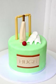 Cake Decorating Cricket Figures : 1000+ images about cake decorating on Pinterest ...