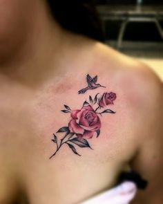 Feed Your Ink Addiction With 50 Of The Most Beautiful Rose Tattoo Designs For Men And Women - KickAss Things Tattoo Men Small, Small Flower Tattoos, Small Wrist Tattoos, Foot Tattoos, Tattoo Flowers, Anklet Tattoos, Tattoo Bracelet, Rose Tattoos For Women, Chest Tattoos For Women