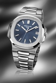 Watches for men - Patek Philippe Patek Philippe 5711 Luxury Watch Brands, Luxury Watches For Men, Dream Watches, Cool Watches, Patek Watches, Patek Philippe Aquanaut, Patek Philippe 5970, Patek Philippe Calatrava, Der Gentleman