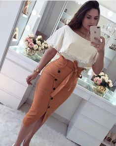 Nice white top and brown skirt – outfits Classy Outfits, Chic Outfits, Fashion Outfits, Womens Fashion, Latest Fashion, Mode Outfits, Skirt Outfits, Dress Skirt, African Fashion Dresses